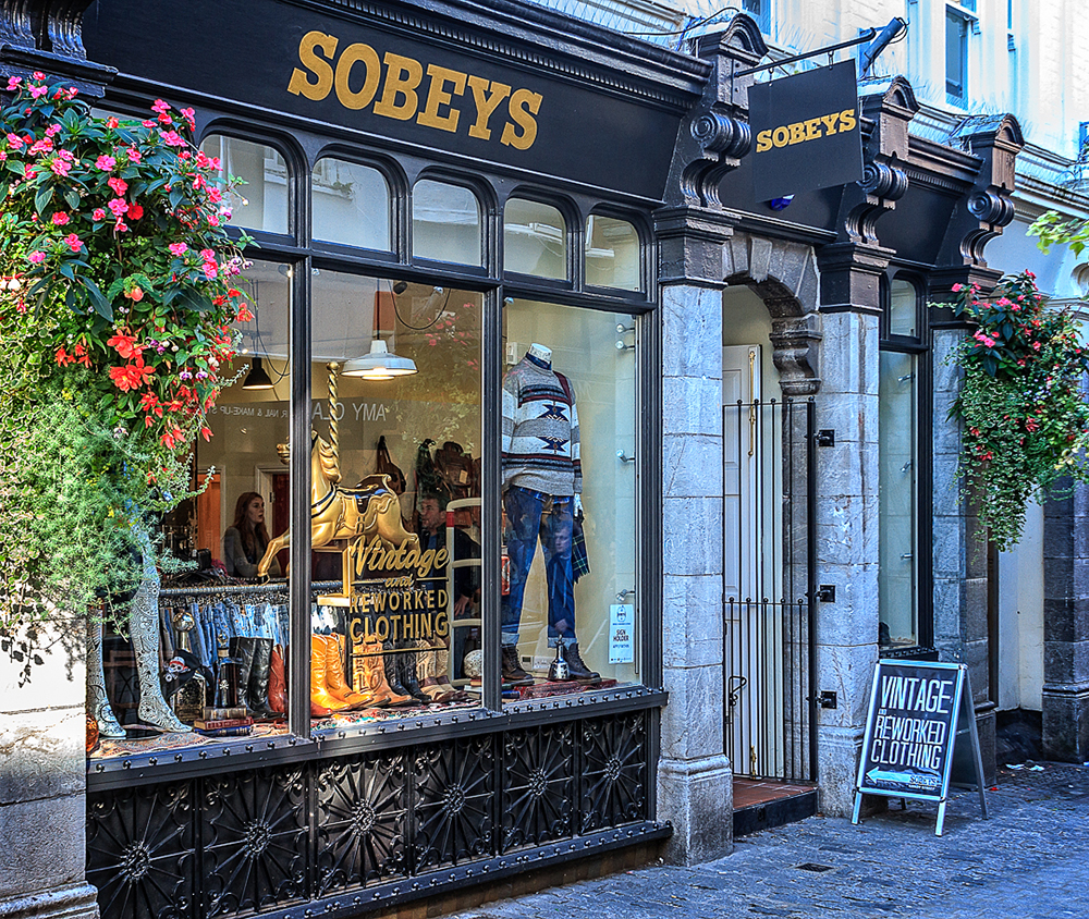 Sobey's Clothing Store, Gandy street, Exeter. Exterior & Interior Re-decoration No1.